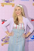 BURBANK - NOV 10: Ashley Eckstein at the premiere of Disney Channels' 'Sofia The First: Once Upon a Princess' at Walt Disney Studios on November 10, 2012 in Burbank, California