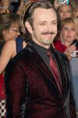 LOS ANGELES, CA - NOVEMBER 12: Actor Michael Sheen arrives at the premiere of The Twilight Saga: Bre