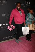 LOS ANGELES - NOV 15:  Alex Newell arrives for the Georgetown Cupcakes Los Angeles Grand Opening at