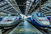 PARIS, FRANCE - JULY 7: TGV high speed french train in gare de Lyon station on July 7 , 2006 in Pari