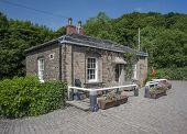 yorkshire lockkeepers cottage