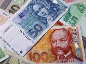 Foto de billetes en croatas