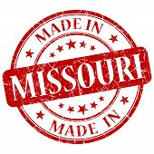 Made In Missouri Red Round Grunge Isolated Stamp
