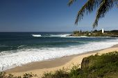 Large surf at Waimea bay on the North Shore of O'ahu, Hawaii