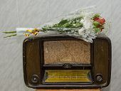 The old radio.