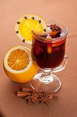 Mulled wine with oranges, apple, honey and berry.