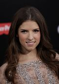 LOS ANGELES - MAY 14:  ANNA KENDRICK arrives to the
