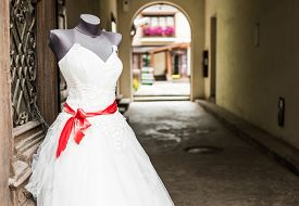 pic of dress mannequin  - wedding dress on mannequin outside at a street - JPG