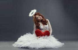 picture of cupid  - Feminine Cupid - JPG