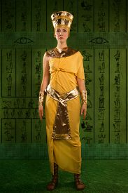 picture of cleopatra  - Portrait of beautiful egyptian woman stylized into Cleopatra - JPG