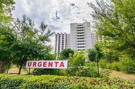 picture of hospital  - University Emergency Hospital from Bucharest Romania - JPG