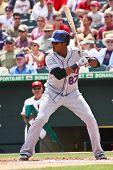 JUPITER, FLORIDA - 25 de marzo: infielder de los Mets de Nueva York que Jordany Valdespin murciélagos durante un entrenamiento de primavera