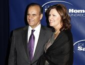 NEW YORK - NOV 11: Joe Torre and wife Alice attend the 8th Annual Joe Torre Safe at Home Foundation