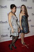 NEW YORK - Dezember 6: Shari Albert und Christina Bianco Gesicht Tisch Gala bei Friedrich besuchen