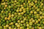Verde limão no mercado de frutas