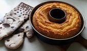 A freshly baked Bundt cake
