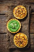 Tartlet With Pumkin And Spinach Cream For Halloween