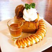 Honey Toast With Sliced Banana