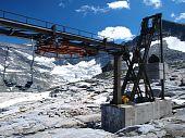 Ski stoeltjeslift In de zomer
