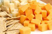 Käse und Cracker