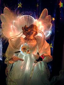 pic of christmas angel  - fiber optic light up statuette  - JPG
