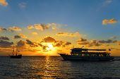 Sunrise naranja y azul