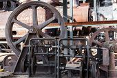 the old mechanism with a gear