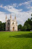 pic of chapels  - Gothic chapel  - JPG