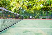 foto of kuramathi  - Tennis court on a tropical island  - JPG