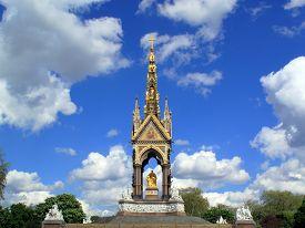 picture of kensington  - The Albert Memorial in London - JPG