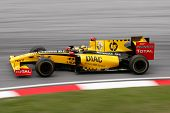 KUALA LUMPUR - APRIL 4: Renault F1 driver Robert Kubica powers down the track on race day at the 201