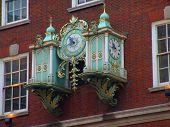 Oldfashioned clock