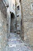 Alleyway. Oriolo. Calabria. Italy.