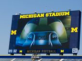 Placar de Michigan Stadium
