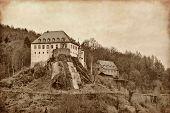 Das Schloss war, dass Bilstein 1202-1225 auf dem Rosenberg errichtet den Junker Dietrich Ii Gevor geleitet
