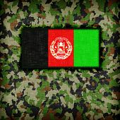 picture of ami  - Amy camouflage uniform with flag on it Afghanistan - JPG