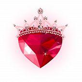 Corazón de cristal con corona