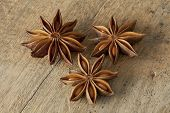 Dried star anise seeds