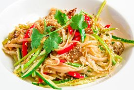 picture of noodles  - Pan - JPG
