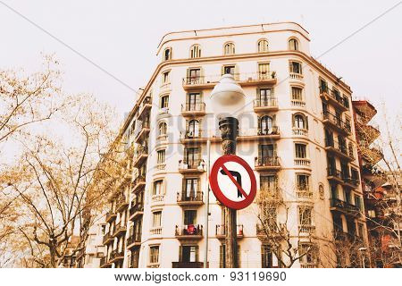 No left turn signs in