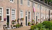 picture of row houses  - Restored 16th - JPG