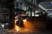 En un molino de acero