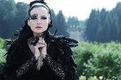 foto of evil queen  - Dark Queen in park - JPG