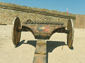 Multifiring cannon woth wood carriage in fortress