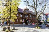Historical Villa Poraj At The Street Krupowki