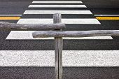 foto of pedestrians  - Wooden fence and pedestrian crossing - JPG