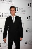 LOS ANGELES - JAN 29:  Steven Weber arrives at the Valley Performing Arts Center Opening Gala at Cal