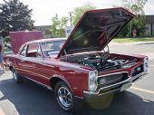 1967 Pontiac Gto Hood Open