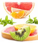 Slices of citrus, kiwi and mint