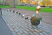 Boston - 20 Apr: Skulptur von Enten Hommage an Robert Mccloskeys Story